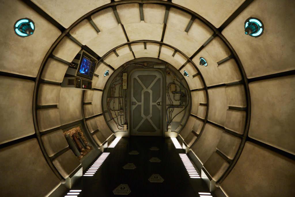 Millennium Falcon - Smugglers Run